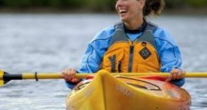 How-to-Dress-for-Kayaking